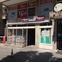 Photo taken at Yaysat Kizilay Baş Bayii by Recep Ö. on 4/22/2016