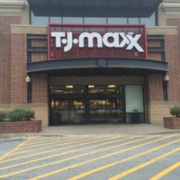 Photo taken at T.J. Maxx by Mesa D. on 4/16/2015