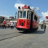 7/12/2013 tarihinde Volkanziyaretçi tarafından Taksim Meydanı'de çekilen fotoğraf