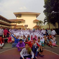 Photo taken at SMAN 62 Jakarta by Maharani Citra R. on 4/21/2015