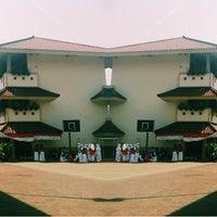 Photo taken at SMAN 62 Jakarta by Maharani Citra R. on 8/18/2014