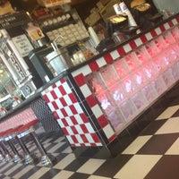 Photo taken at Lenny's Burger Shop by Ali K. on 6/3/2014