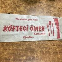 Foto tirada no(a) Köfteci Ömer por H. YILMAZ ✔️✔️ em 7/7/2018