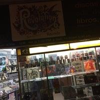 Foto tirada no(a) Discos Revolution por Salva G. em 11/12/2015