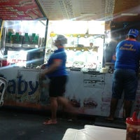 Photo taken at Baby Lanches by Gelly T. on 4/7/2014