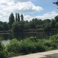 5/26/2017 tarihinde Zhenya K.ziyaretçi tarafından Schäfersee-Park'de çekilen fotoğraf