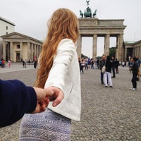 Photo taken at Berlin City Tour – Brandenburger Tor by Gypsy G. on 8/20/2015