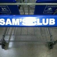 Снимок сделан в Sam's Club пользователем Michael K. 7/9/2013