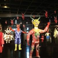 Photo prise au Museo de Arte Popular par Carlos M. le3/26/2013
