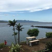 Photo taken at Pantai Watudodol by Gulcin S. on 1/8/2016