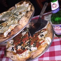 Photo taken at Brooklyn's Brick Oven Pizzeria by lino b. on 10/16/2015