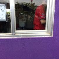 Photo taken at Panda Express by Jobina 🍹 N. on 5/10/2014