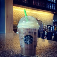 Photo taken at Starbucks by Jobina 🍹 N. on 7/1/2014