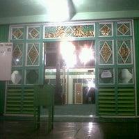 Photo taken at Mesjid Sultan suryansyah by Khairunnisa A. on 6/25/2013
