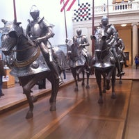 3/27/2013 tarihinde Patricia D.ziyaretçi tarafından Medieval Art'de çekilen fotoğraf
