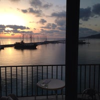 10/18/2013 tarihinde Giorgos K.ziyaretçi tarafından Strada Marina Hotel'de çekilen fotoğraf