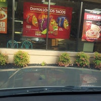 Photo taken at Taco Bell by TL B. on 8/29/2013