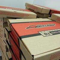 Foto tirada no(a) Pizza Hut por Luiz Henrique D. em 10/29/2012
