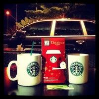Photo taken at Starbucks by Fina N. on 12/15/2012