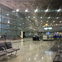 Photo taken at Netaji Subhash Chandra Bose International Airport (CCU) by Richard F. on 4/22/2013