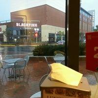 Photo taken at Burger 21 by Callhen W. on 9/28/2016
