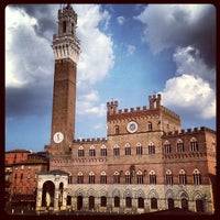 Photo taken at Piazza del Campo by Macelleria T. on 7/21/2013