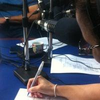Photo taken at Caliente 104.1 FM, La 91 FM, Radio Disney, 100.1 FM y Radio Popular by Arisleydi S. on 9/19/2013