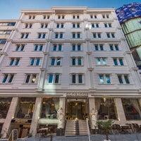 Das Foto wurde bei Glorious Hotel İstanbul von Glorious Hotel İstanbul am 2/23/2015 aufgenommen