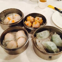 Photo taken at Wong's King Seafood Restaurant by Marc P. on 7/26/2015
