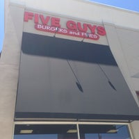 Photo taken at Five Guys by abotsstss S. on 6/13/2014