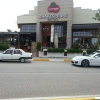 Photo taken at Shakespeare Coffee & Bistro by Umut E. on 5/19/2013