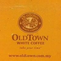 Photo taken at OldTown White Coffee by Ben L. on 4/6/2013
