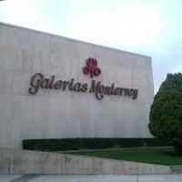 Foto tomada en Galerías Monterrey por Julio A. el 3/27/2013