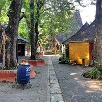 Das Foto wurde bei Pasar Seni Ancol von Hendy Hendrawan M. am 9/20/2014 aufgenommen