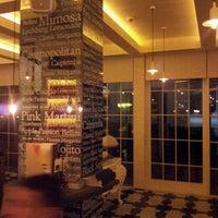 10/13/2012 tarihinde Bora B.ziyaretçi tarafından La Gioia Cafe Brasserie'de çekilen fotoğraf