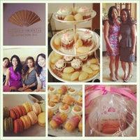 Das Foto wurde bei Empress Lounge von Jennie T. am 6/8/2013 aufgenommen