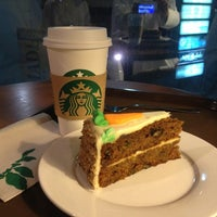 Photo taken at Starbucks by Mohammed A. on 5/28/2013