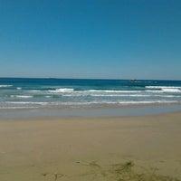 Foto tirada no(a) Praia da Ribanceira por Chico R. em 9/22/2012