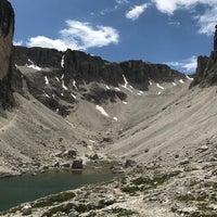 Photo taken at Rif. Franco Cavazza al Pisciadù / Pisciadùhütte by Hanka☀️ T. on 7/7/2017