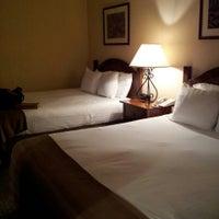 Photo taken at San Jose Airport Garden Hotel by Diane P. on 3/28/2013