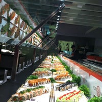 รูปภาพถ่ายที่ Nori Nori Japanese Buffet โดย Matthew S. เมื่อ 3/24/2013