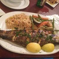 7/23/2013 tarihinde Rolando M.ziyaretçi tarafından Samos Restaurant'de çekilen fotoğraf