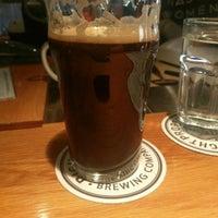 Foto tirada no(a) Right Proper Brewing Company por Jon V. em 11/11/2017