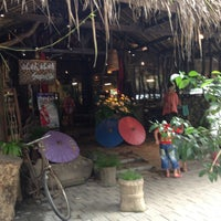 Photo taken at Sapulidi Cafe, Resort and Gallery by Hendry S. on 5/5/2013