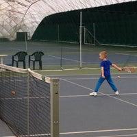 Das Foto wurde bei Теннисный корт Кадет von Вадим П. am 5/10/2014 aufgenommen