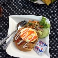 Photo taken at Restoran Selera Simpang by w.K a. on 11/19/2014
