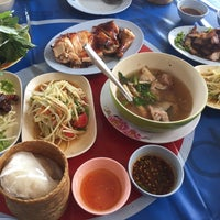 Photo taken at เกษรไก่ย่าง by Inksquidd on 1/23/2017