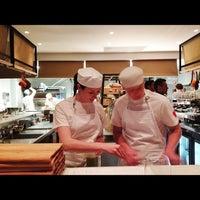 Foto scattata a Baby Pizza da Kenneth Meow il 10/25/2012
