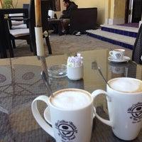 Foto tirada no(a) The Coffee Bean & Tea Leaf por Olena L. em 1/10/2014