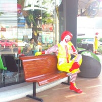 Photo taken at Mc Donald Ladprao 16(Mc Cafe) by Yium P. on 3/28/2013